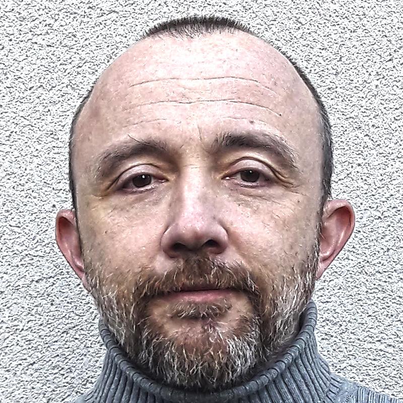 Luis de Sobrón Martínez